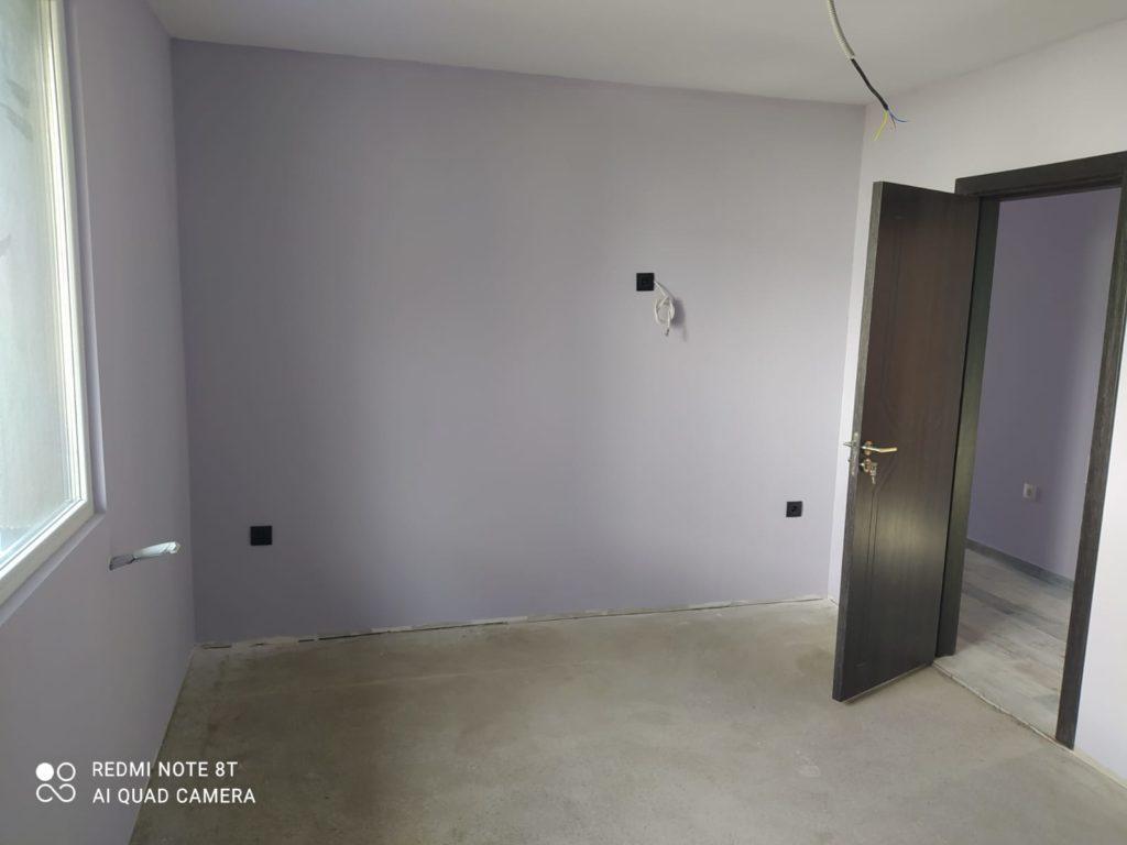 боядисване и поставяне на врати