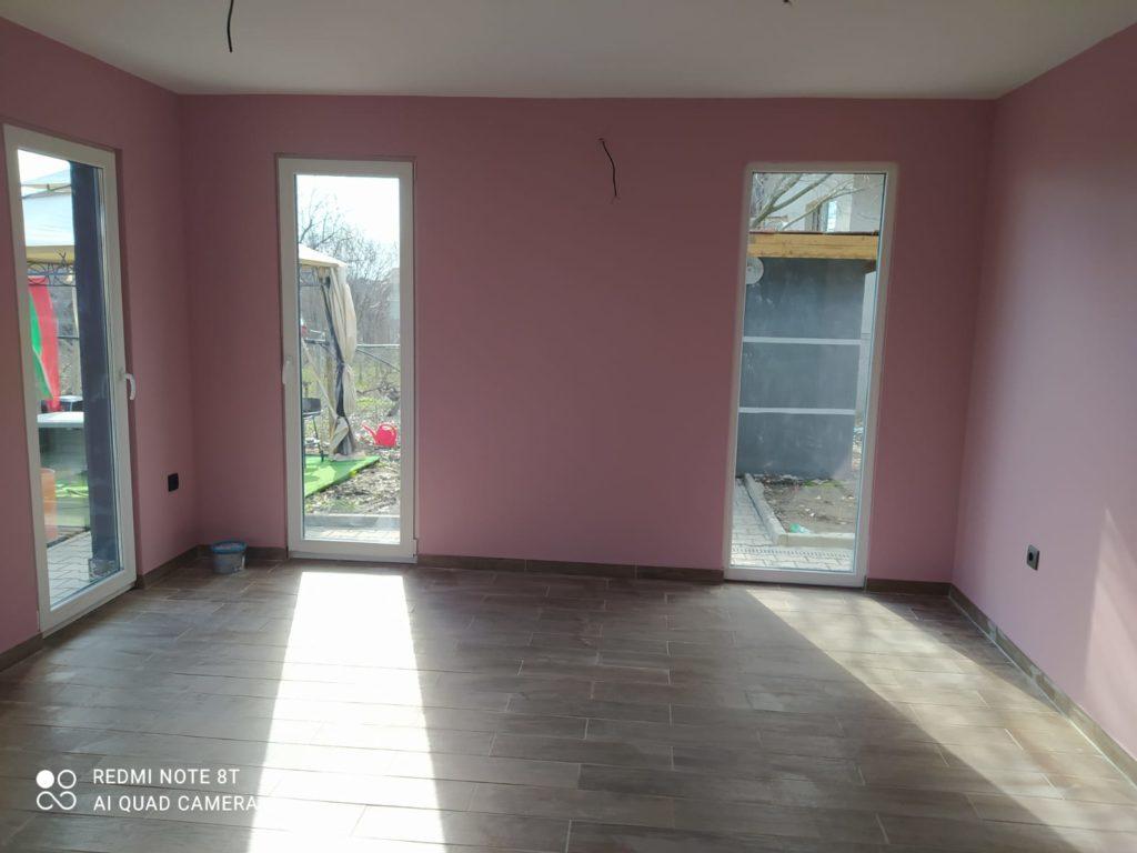 боядисване и големи прозорци
